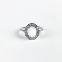 Stříbrný prstýnek se